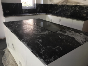 Silestone Sensa - Black Beauty
